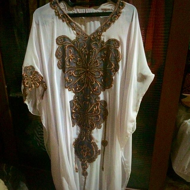 Preloved Kaftan Dress.