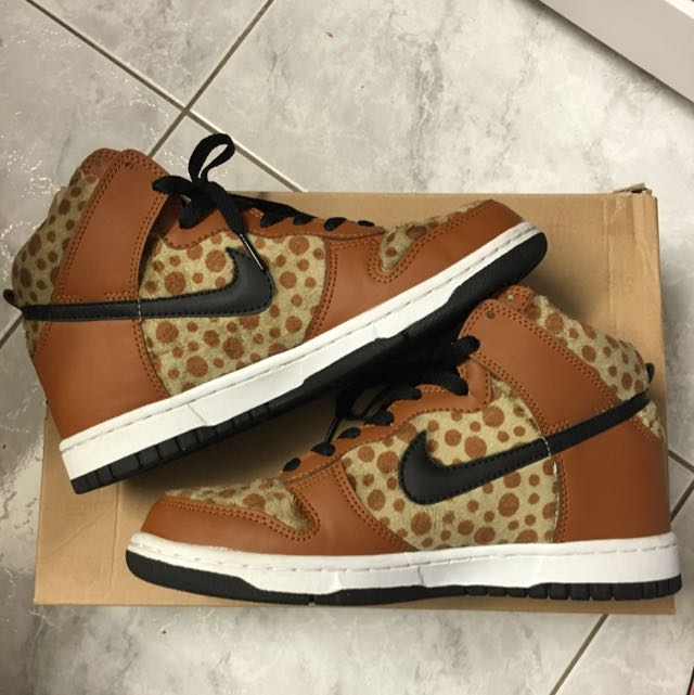 Size 7 Nike Dunk Highs