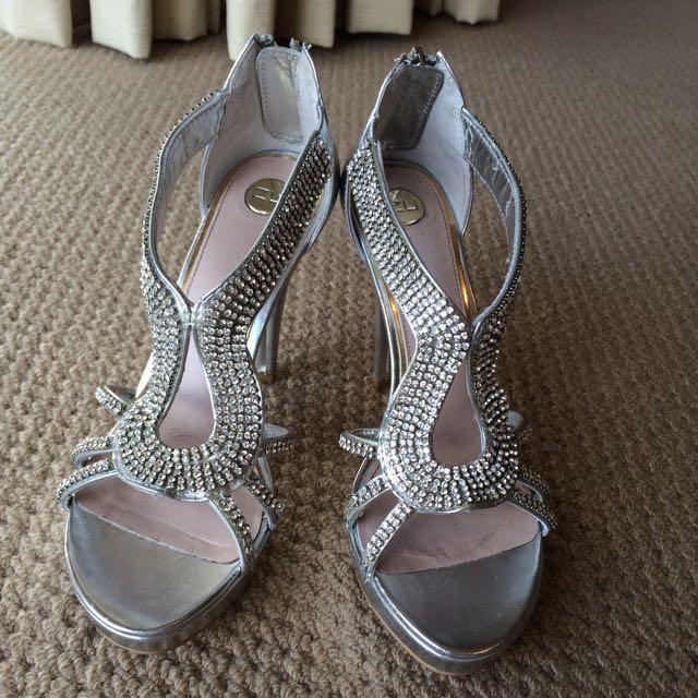 Sparkly Zu Heels