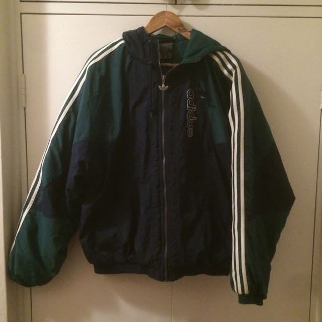 vintage adidas puffer jacket women 39 s fashion clothes on carousell. Black Bedroom Furniture Sets. Home Design Ideas