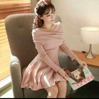 粉橘氣質女神露肩洋裝❤️