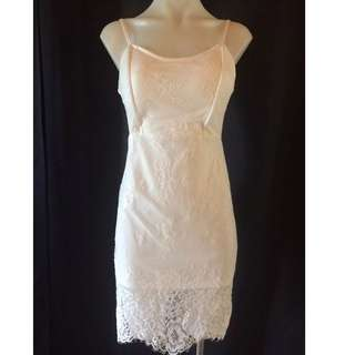 BNWT Lace Dress Size 10
