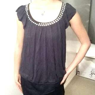 *FREE grey Flow Blouse
