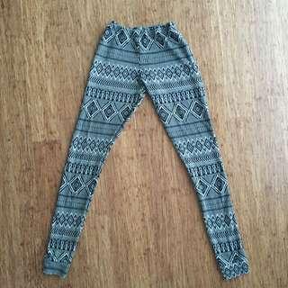 Pattern Midi Stretch Leggings
