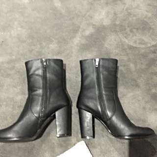 Black High Boots Size 42 (11)