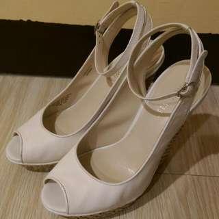 NINE WEST 楔型魚口鞋 (白)