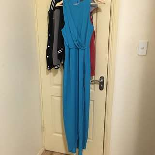Size 10 Sheike Maxi Dress