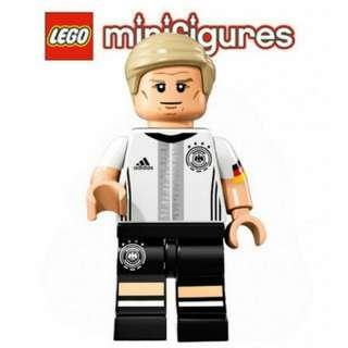 Lego DFB German National Football Team Minifigure - No. 7 Bastian Schweinsteiger