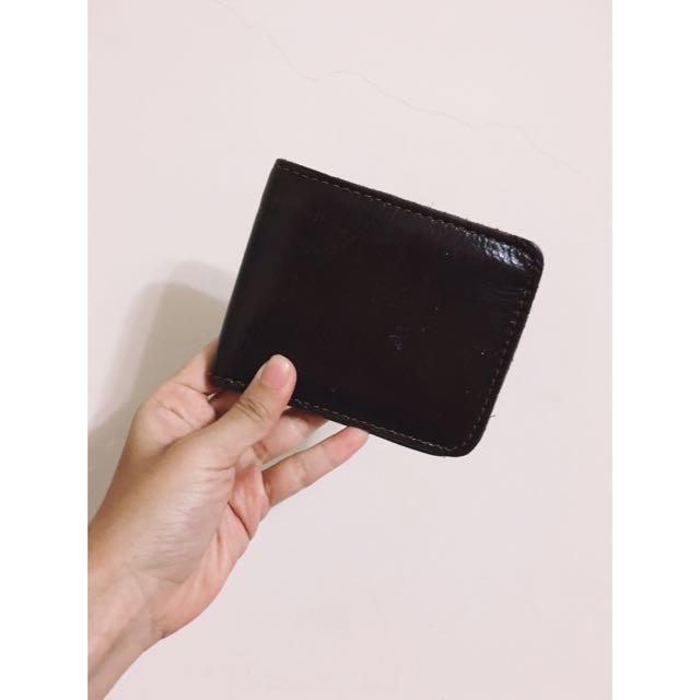 男女可用棗紅色短夾皮夾錢包