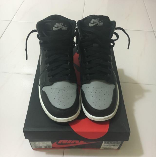 Repriced: Air Jordan 1 Retro High Size 4.5Y