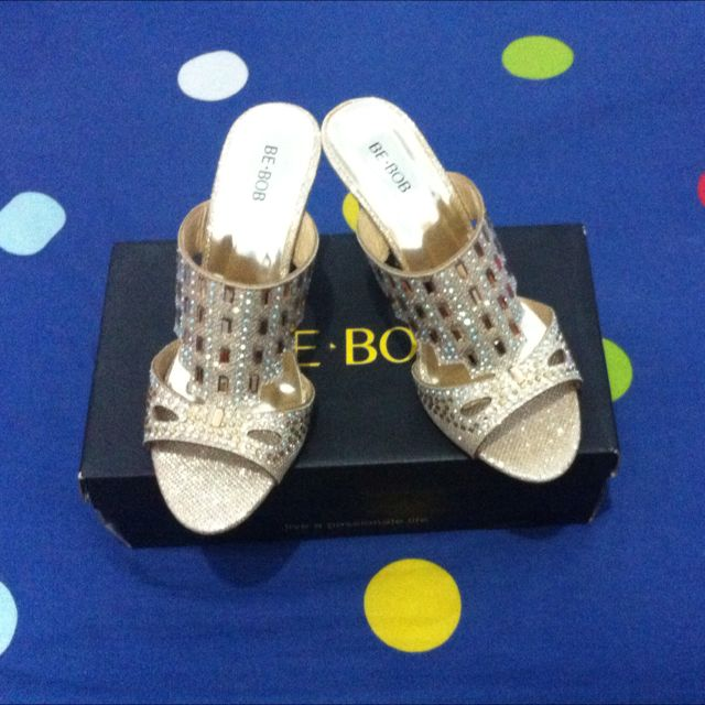 BE-BOB Gold Wedges