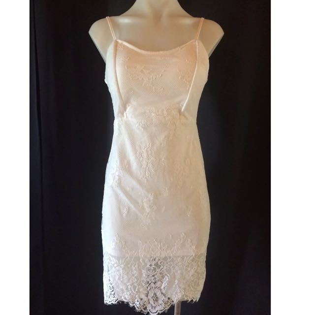BNWT Lace Dress Size 10