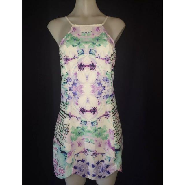 BNWT Zola Dress Size 10