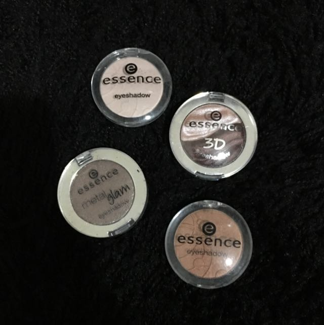 Essence Eyeshawdows