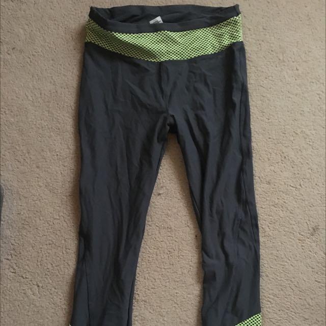 Kmart 3/4 Activewear Leggings Size 12