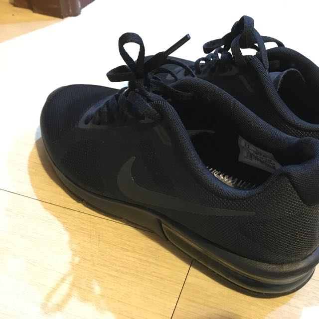 急賣 Nike Fitsole 全黑23.5