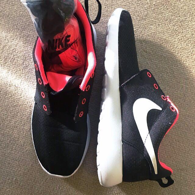 Nike Roshe 20% OFF!