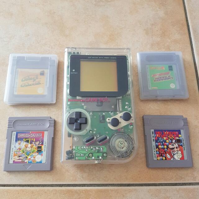 Nintendo Game Boy with 4 games
