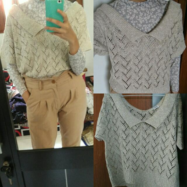 Scoop Colared Knit Top