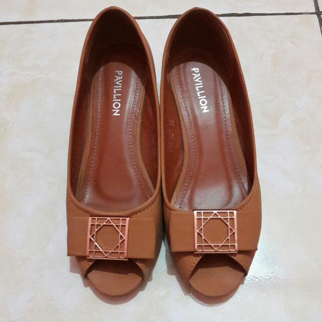 Sepatu Pavillion