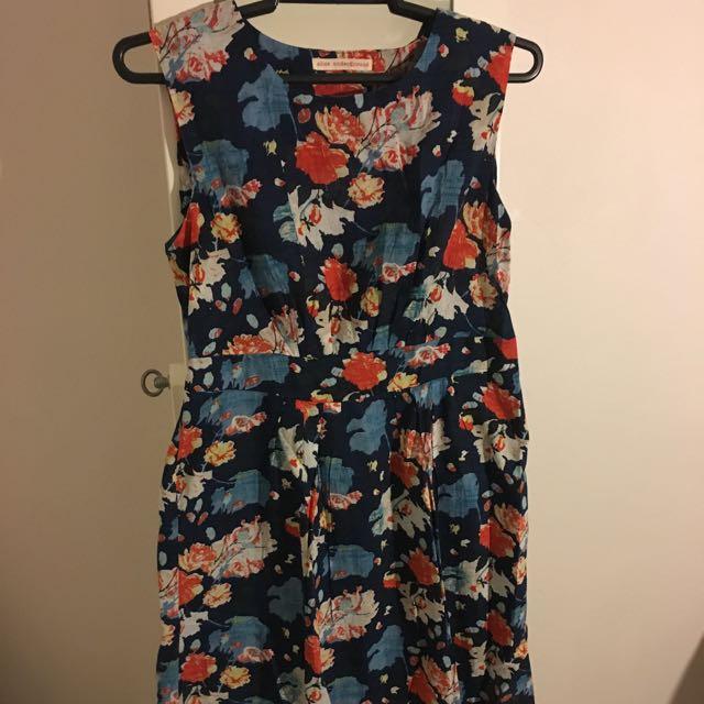 Sz 14 Navy Floral Dress
