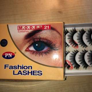Fashion Lashes (10 Pairs)