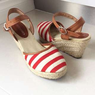 Striped Wedges - Red And White Size 7 8