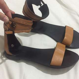Country Road Tan Sandals Size 37