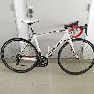 Specialized Roubaix Elite with Campagnolo Wheelset