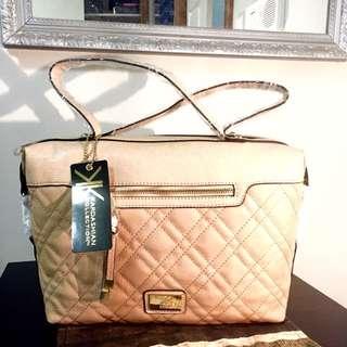 ✰REDUCED✰ - Kardashian Kollection Handbag - Beige