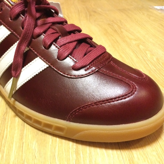 best website b673e ad2ac Adidas Original Hamburg MIG Burgundy - Made in Germany -, Mens Fashion on  Carousell