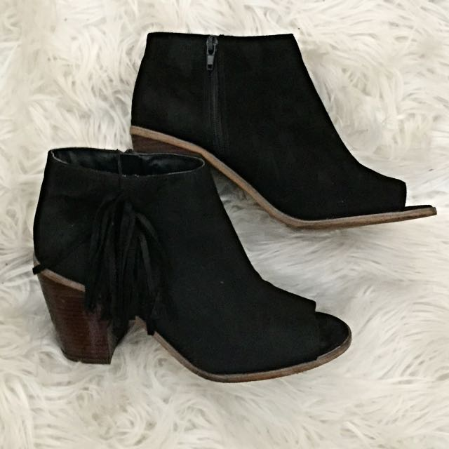 BLACK SUEDE FESTIVAL BOOTS HEELED