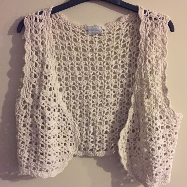 Crochet Sleeveless Crop Vest