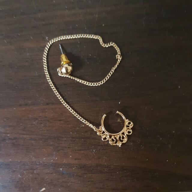 Gorgeous Septum Cuff With Earring Chain