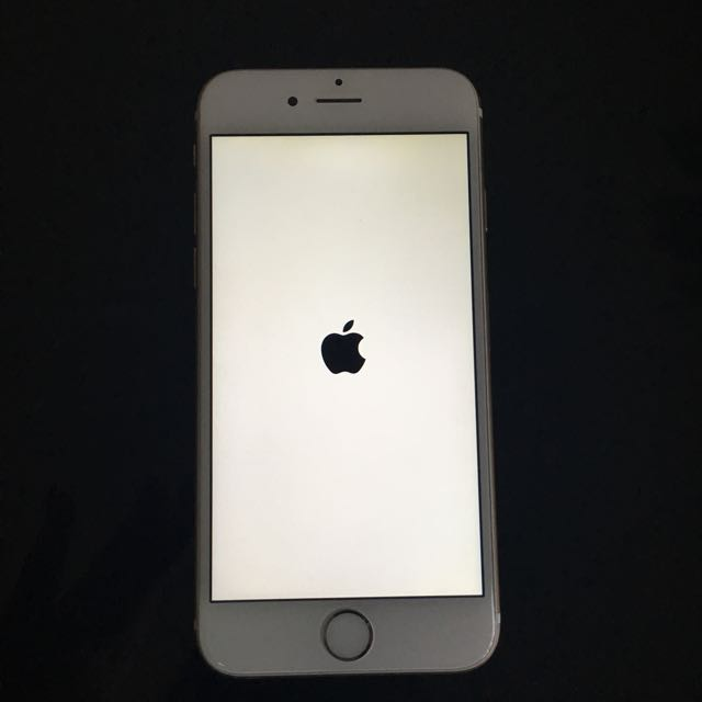 iPhone 6 16GB Gold Smartphone