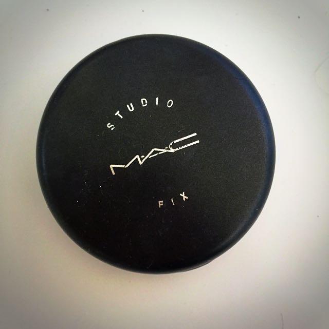 MAC Studio Fix Powder