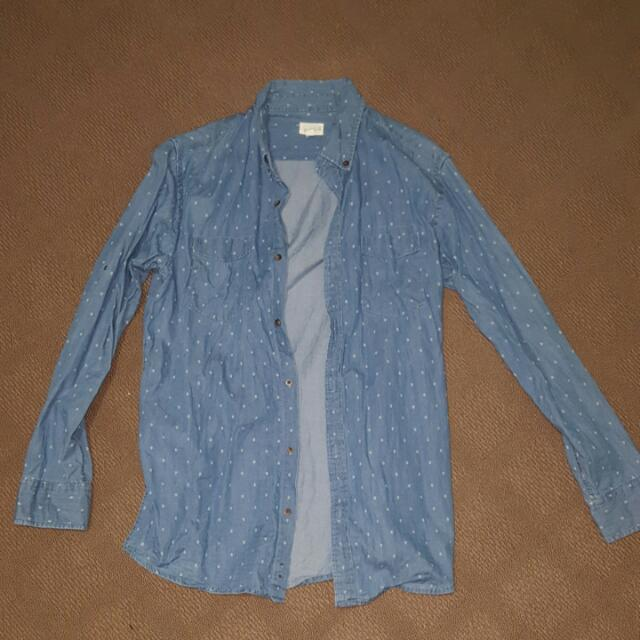 Maddox Size Medium Light Blue Patterned Button Down Shirt