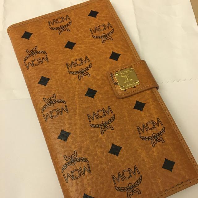 MCM 全新正牌護照夾