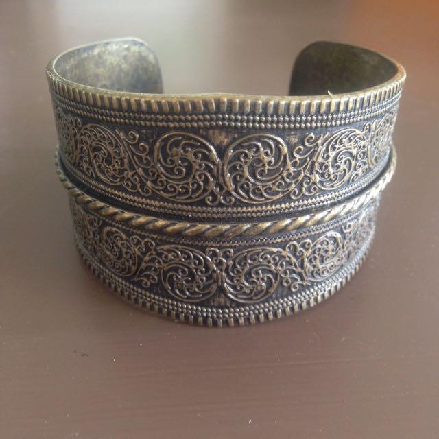 Wrist Cuff / Bracelet