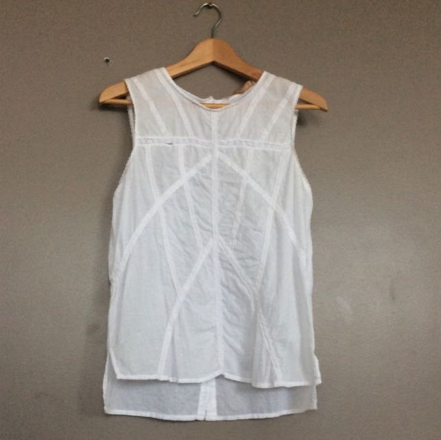 Zara white patterned top