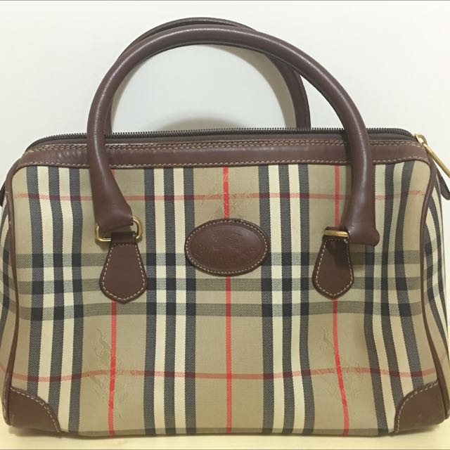 58d5d25f7ea 100%real Vintage Burberry Bag, Luxury on Carousell