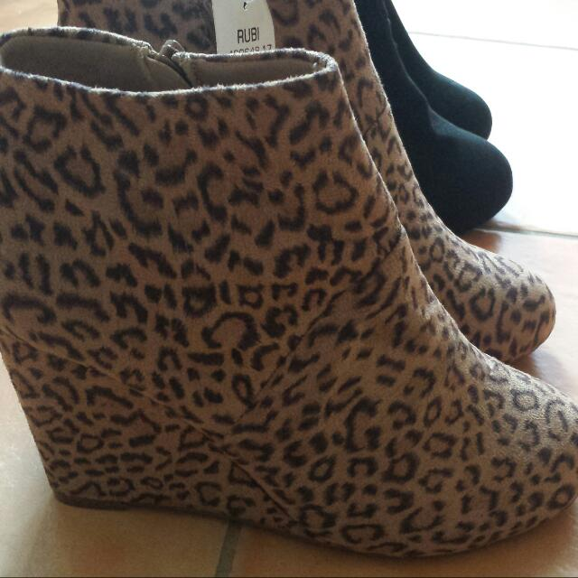 $10 A Pair Only! Rubi Stevie Boots Size 41