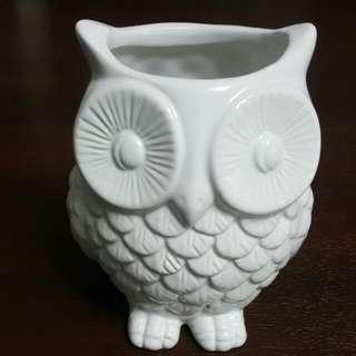 White Ceramic Owl Storage/holder