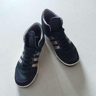 Adidas 高筒鞋 24.5