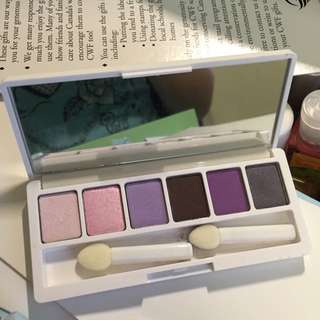 Clinique Limited Edition US Eyeshadow Palette