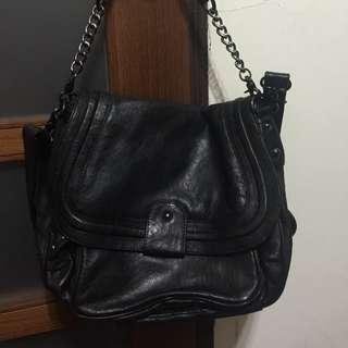 正韓品牌黑色真皮二用提包可斜背可換物