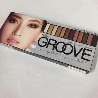 (冬季大出清)泰國大牌Mistine GROOVE 12色煙燻眼影盤