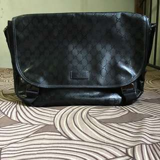 Gucci Imprime Messenger Bag
