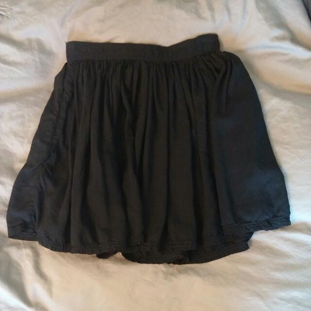 AE Black Skirt XS