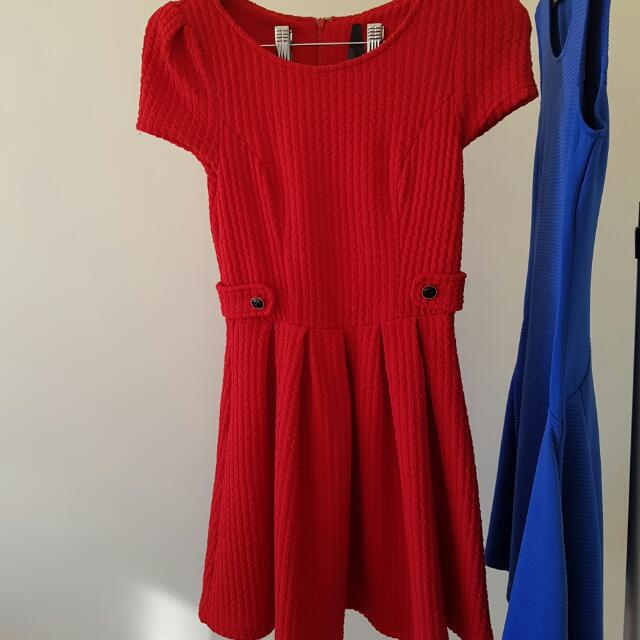 * REDUCED *ALLY Fashion little red riding hood dress